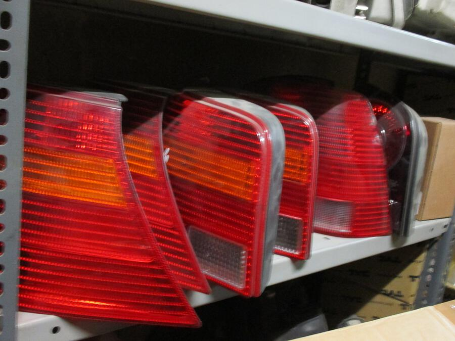 PKW Ersatzteile    Bremslicht